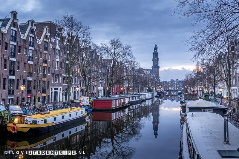 Amsterdam Wetertoren vanaf de Prinsengracht